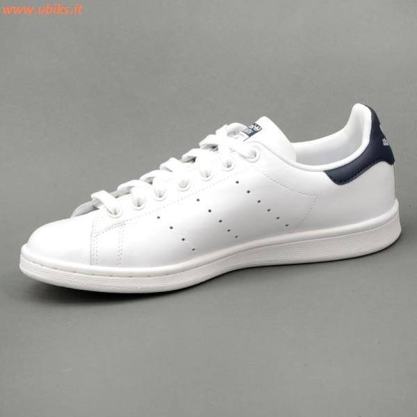 stan smith adidas blu prezzo